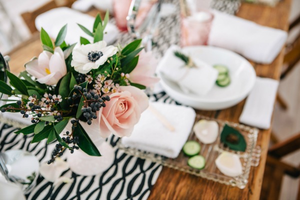 CountryBouquetsFloral-KellyClarePhotography-JennyCookies-SpaDayParty-Blog-006 (1)