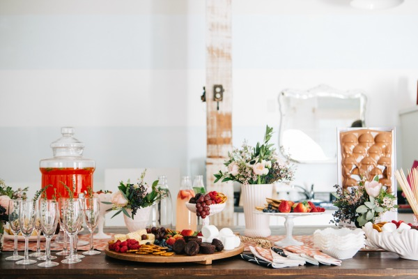 CountryBouquetsFloral-KellyClarePhotography-JennyCookies-SpaDayParty-Blog-010