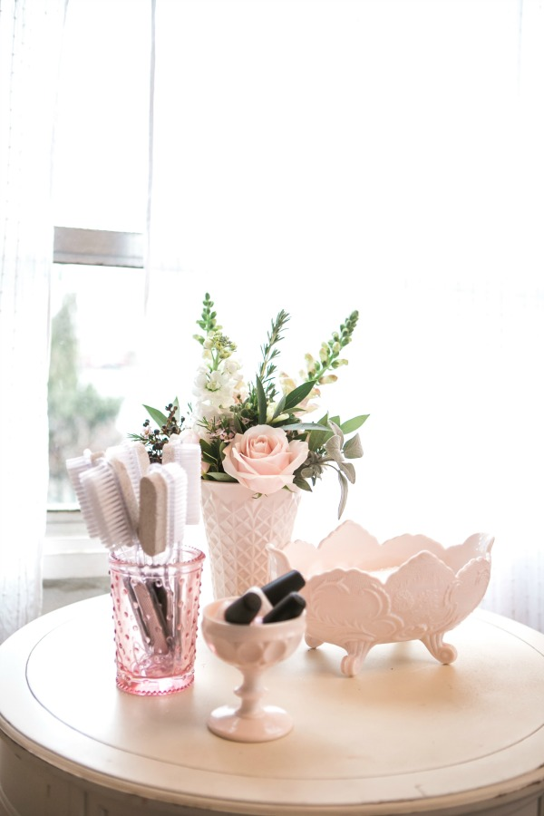 CountryBouquetsFloral-KellyClarePhotography-JennyCookies-SpaDayParty-Blog-012