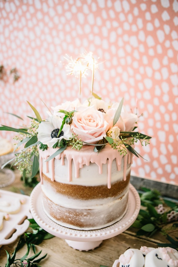 CountryBouquetsFloral-KellyClarePhotography-JennyCookies-SpaDayParty-Blog-021
